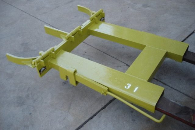 SOLD – Double Drum Handler (Grab)