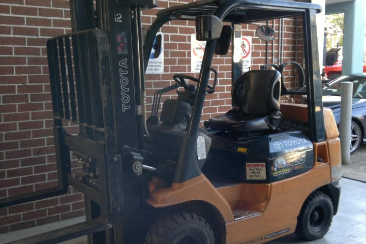 Toyota 2.5 Tonne LPG Counter Balanced Forklift
