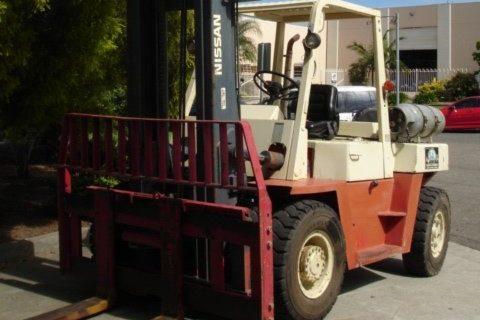Nissan 6 Tonne (6000kg) LPG Counter Balanced Forklift