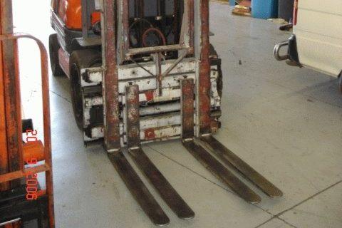 Cascade Twin Pallet Handler