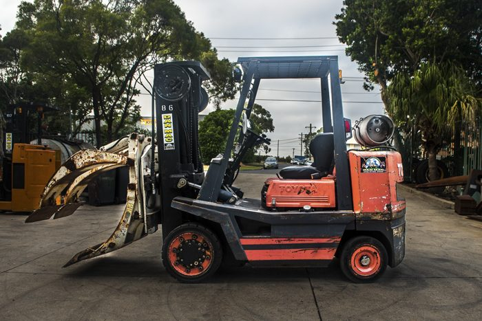 forklifts for hire toyota 3.5 tonne lpg counter balanced 86 1