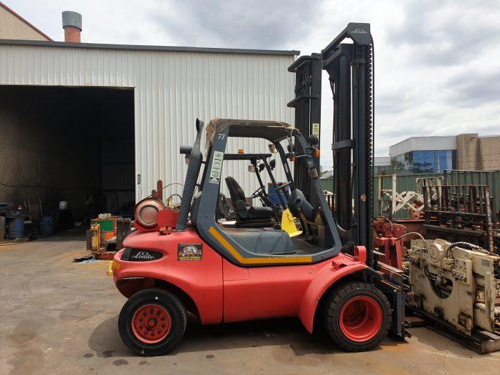 forklifts for hire linde 4.5 tonne lpg counter balanced 77