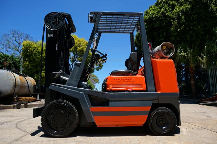 Toyota 3.5 Tonne (3500kg) LPG Counter Balanced Forklift