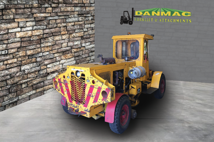 Danmac forklifts tractor for sale aresco shunting tractor rail lpg 5