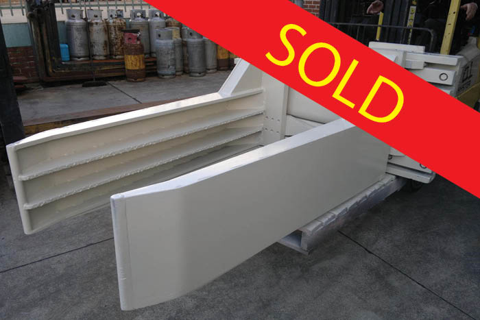 SOLD – Cascade Wool Bale Clamp